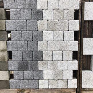Granite Effect Cobbles (concrete)
